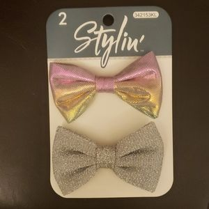 🎀Brand new!! bow tie clips🎀